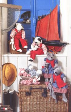 La Grande Famille toys - Moulin Roty